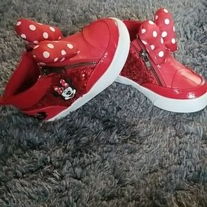 MINNIE MOUSE SEQUIN SNEAKER